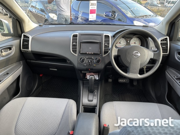 Nissan Wingroad 1,5L 2012-10
