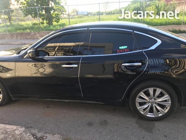 Nissan Fuga 2,5L 2012-2