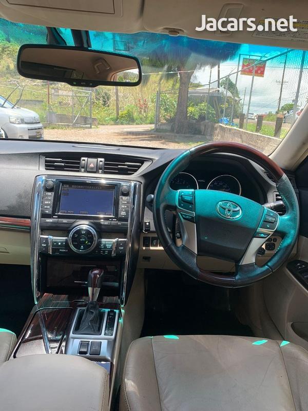 Toyota Mark X 3,5L 2011-6