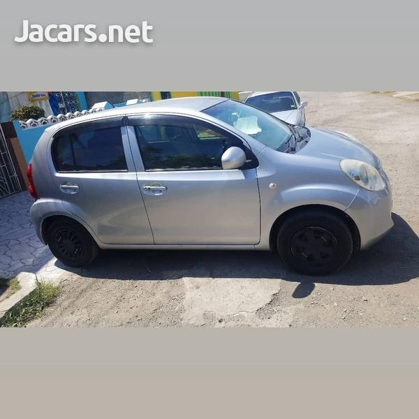 Toyota Passo 1,3L 2014-5