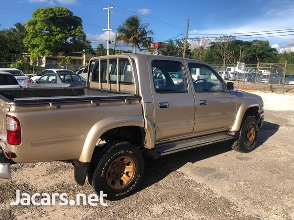 Toyota Hilux 2,8L 2005-2