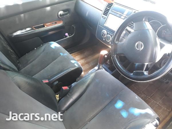 Nissan Tiida 1,4L 2009-4