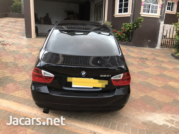 BMW 3-Series 2,5L 2009-2