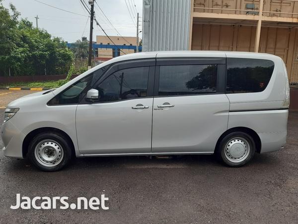 Nissan Serena 2,0L 2014-12