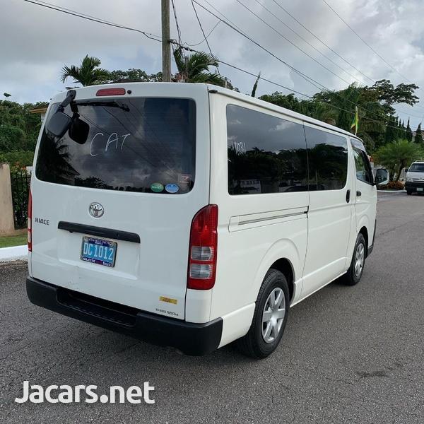 2016 Toyota Hiace Bus/ DIESEL-3