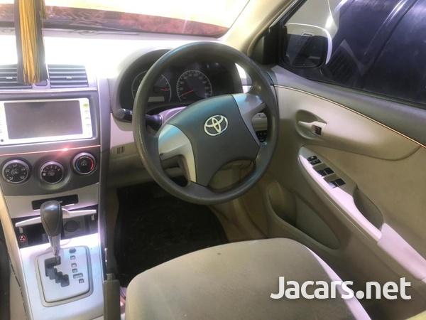 Toyota Axio 1,5L 2012-7